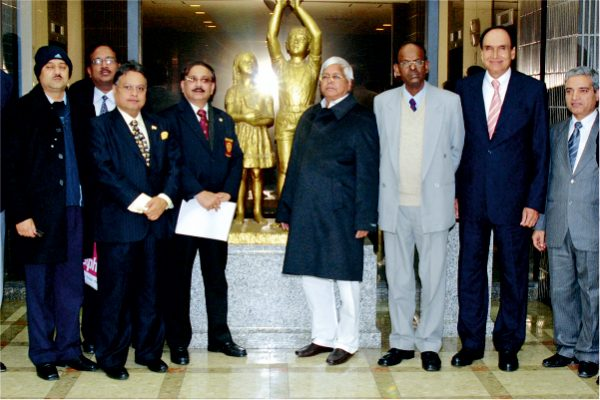 Vijay Darda in an official delegation visit to Japan with Union Railway Minister Lalu Prasad Yadav in 2009.